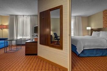 Guestroom at Fairfield Inn & Suites Fort Worth I-30 West near NAS JRB in Fort Worth