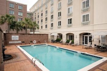 歷史區假日飯店 Courtyard Charleston Historic District