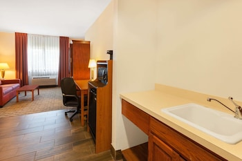Suite, 1 Queen Bed with Sofa bed, Non Smoking, Jetted Tub