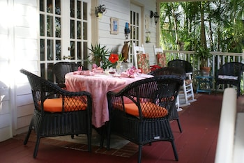 Sabal Palm House Bed & Breakfast - Outdoor Dining  - #0