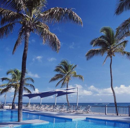 . Nisbet Plantation Beach Club