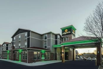 堪薩斯城機場溫德姆拉昆塔套房飯店 La Quinta Inn & Suites by Wyndham Kansas City Airport