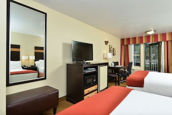 Room, 2 Queen Beds, Accessible, Non Smoking (Hearing, Mobility, Bathtub)