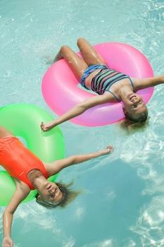 Outdoor Pool at HYATT house San Diego/Sorrento Mesa in San Diego