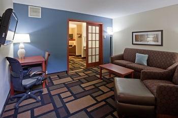 Hotel - AmericInn by Wyndham Austin