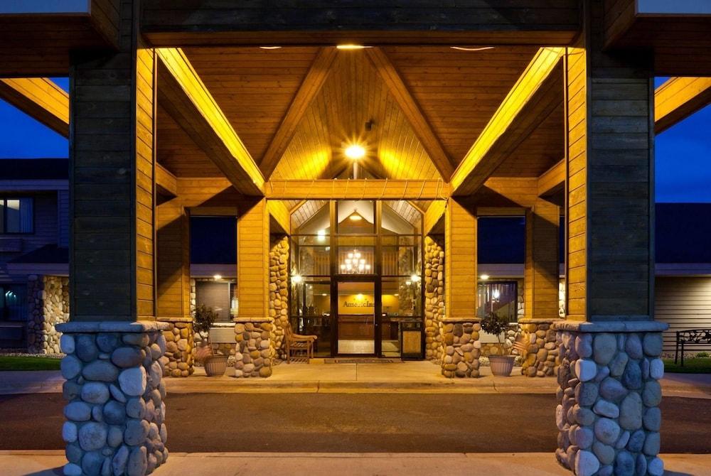 americinn lodge suites of austin austin mn 1700 8th 55912