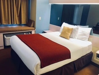 Hotel - Microtel Inn & Suites by Wyndham Kansas City Airport