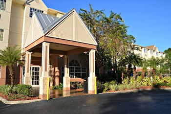 Book The Floridian Hotel and Suites in Orlando.