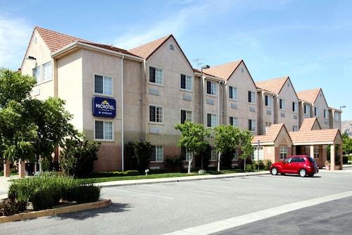 . Microtel Inn & Suites by Wyndham Morgan Hill/San Jose Area