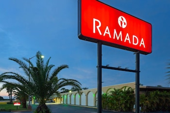 Hotel - Ramada by Wyndham Lake Placid