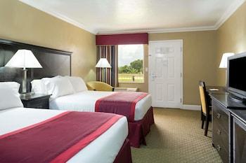 Room, 2 Double Beds (Pet-Friendly)