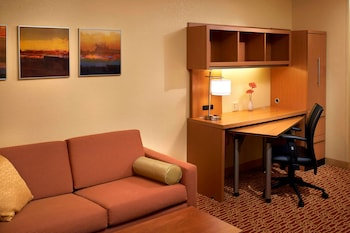 Suite, Multiple Beds (Two Bedroom)