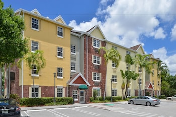 Towneplace Suites by Marriott Miami Airport W photo