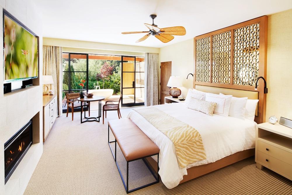 https://i.travelapi.com/hotels/1000000/340000/330600/330506/0da325c9_z.jpg