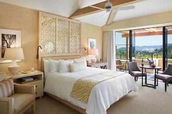 Deluxe Valley View Room