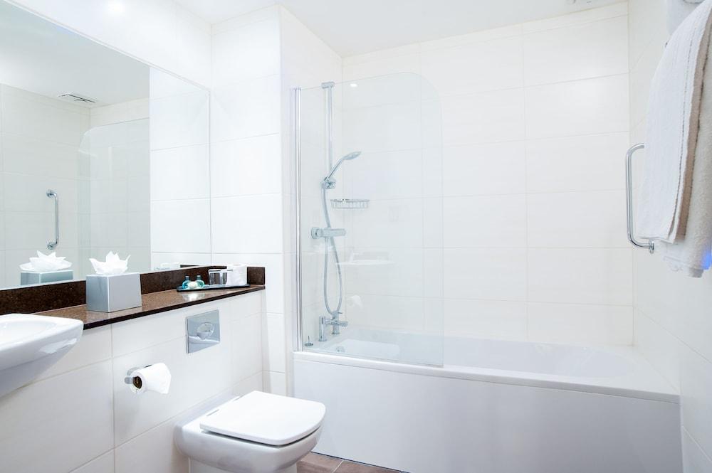 애비 호텔(Abbey Hotel) Hotel Image 20 - Bathroom