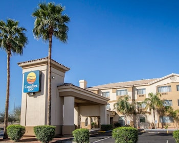 Exterior at Comfort Inn West in Phoenix