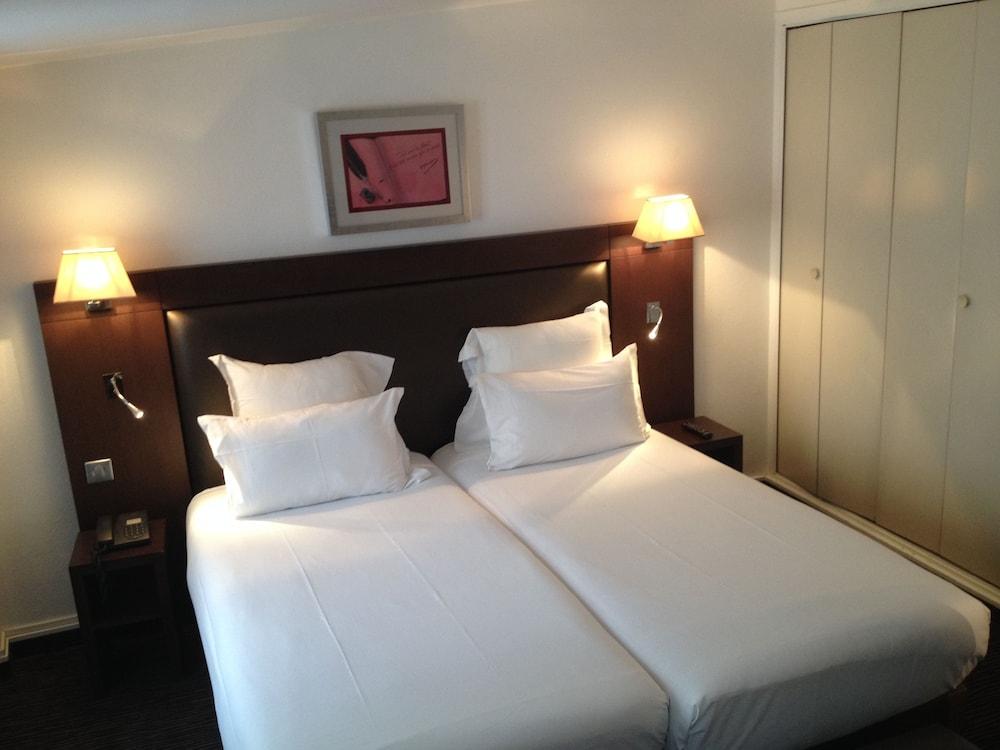 호텔 엘리제 플로베어(Hotel Elysées Flaubert) Hotel Image 7 - Guestroom