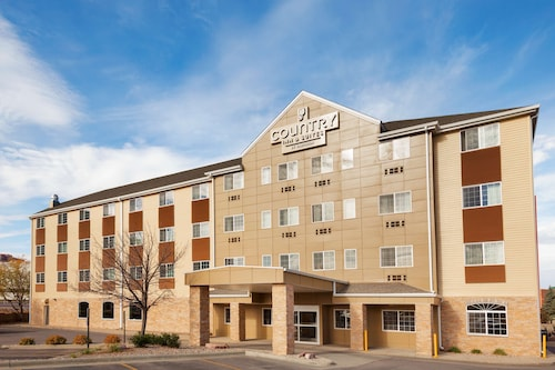 . Country Inn & Suites by Radisson, Sioux Falls, SD