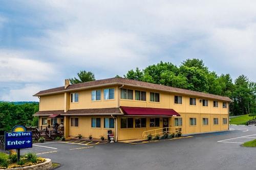 . Days Inn by Wyndham Wurtsboro