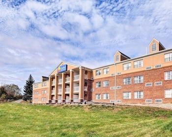 Hotel - Comfort Inn & Suites Raphine - Lexington near I-81 and I-64