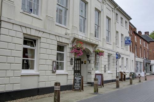 . Best Western Lichfield City Centre The George Hotel