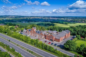 Hotel - The Hog's Back Hotel & Spa Farnham