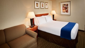 Standard Room, 1 Queen Bed with Sofa bed