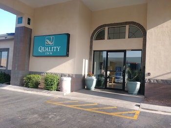 箭頭城市中心凱藝飯店 Quality Inn Glendale at Arrowhead Towne Center