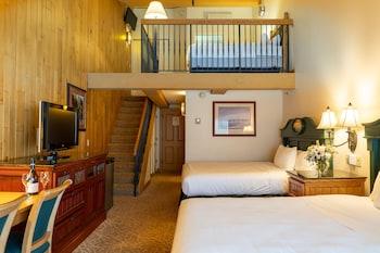 Loft 2 Queen Bed - Lodges