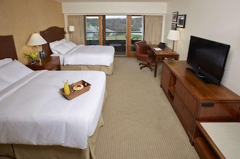 Deluxe Double Room, 2 Double Beds, Lakeside
