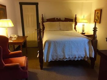 Room, 1 Double Bed (8 Rose Medallion)