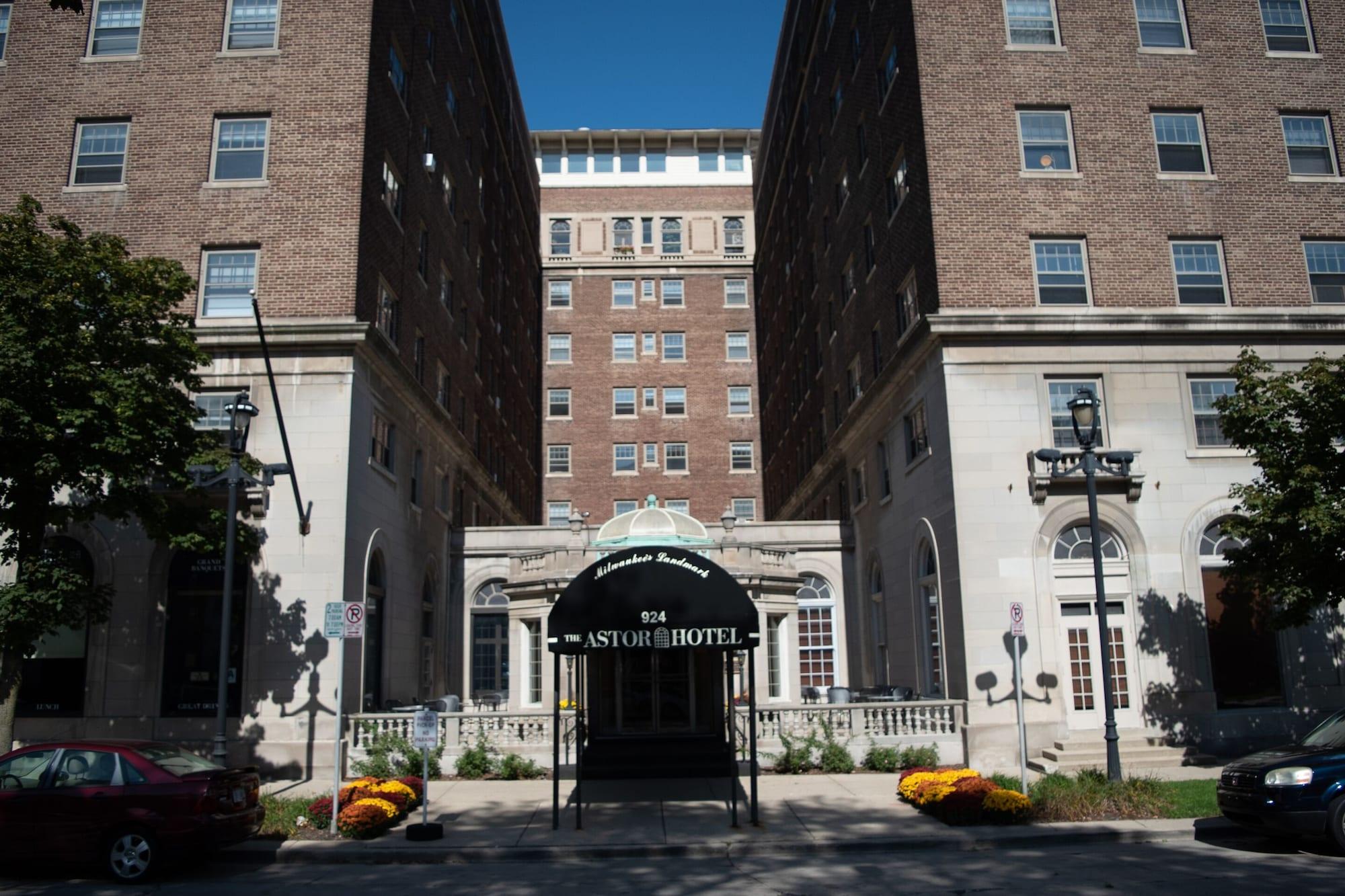 Astor Hotel, Milwaukee