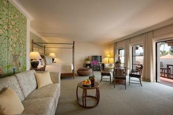 Luxury Penthouse, 1 King Bed, Ocean View (Studio)