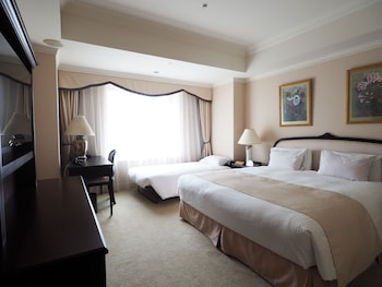 Superior Double Room, Non Smoking (with 1 Extra Bed)