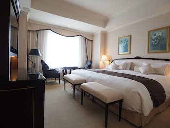 Premier Double Room, Non Smoking with Free Lounge Access