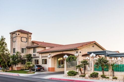. Quality Inn Near China Lake Naval Station