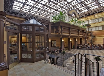 Lobby at Radisson Hotel Washington DC-Rockville in Rockville