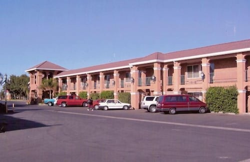 . Merced Inn and Suites