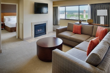 Presidential Suite, 1 King Bed, Accessible