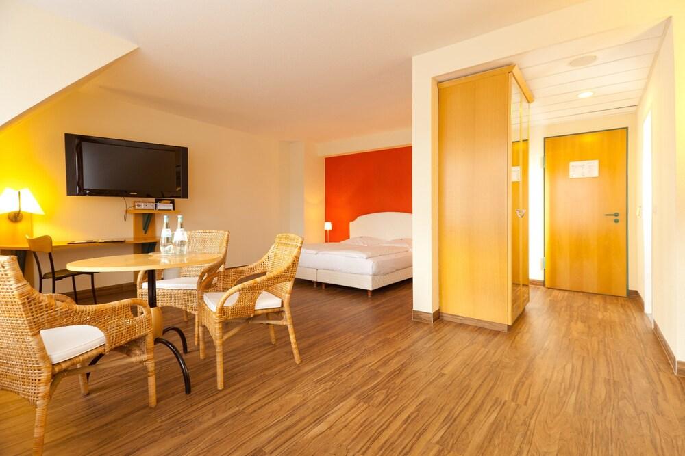 하르처 쿨투어- & 콩그레스호텔 베르니게로데(Harzer Kultur- & Kongresshotel Wernigerode) Hotel Image 7 - Guestroom