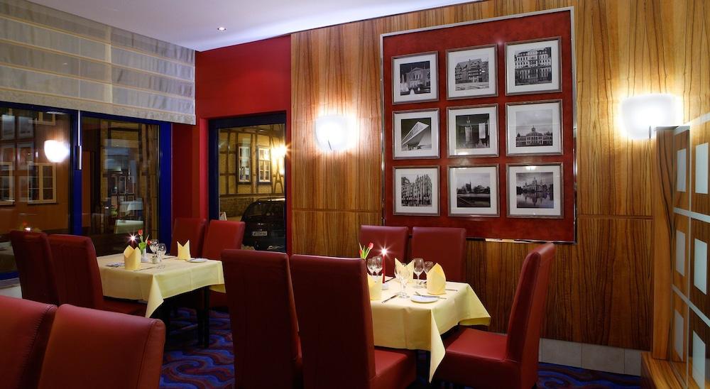 하르처 쿨투어- & 콩그레스호텔 베르니게로데(Harzer Kultur- & Kongresshotel Wernigerode) Hotel Image 29 - Restaurant
