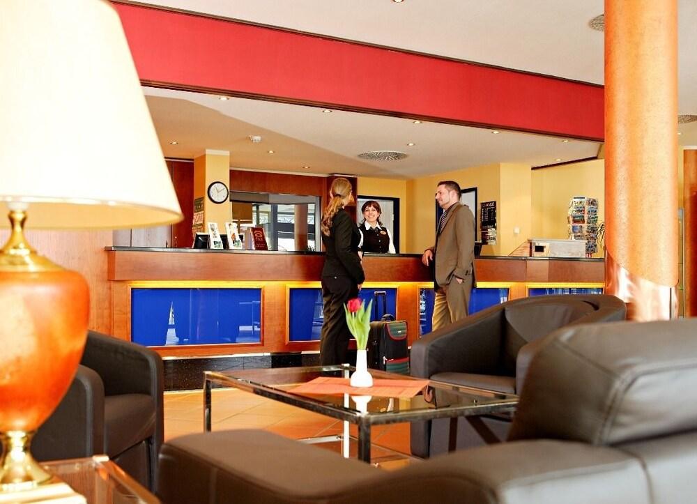 하르처 쿨투어- & 콩그레스호텔 베르니게로데(Harzer Kultur- & Kongresshotel Wernigerode) Hotel Image 22 - Reception