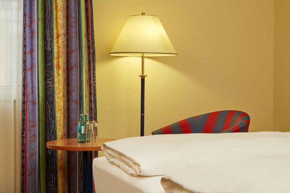 H4 호텔 라이프치히(H4 Hotel Leipzig) Hotel Image 6 - Guestroom