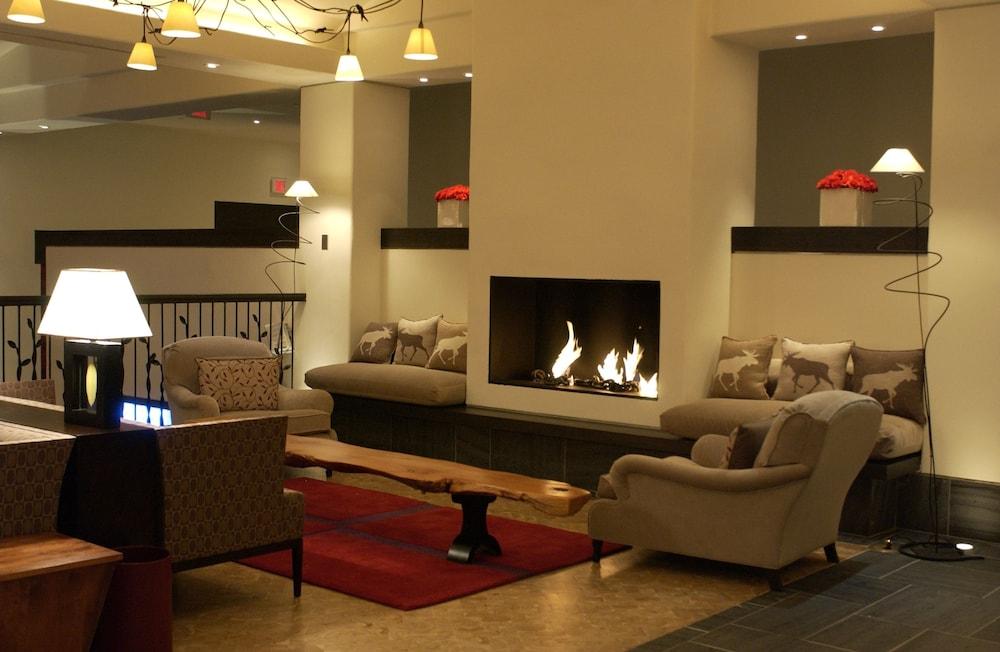 https://i.travelapi.com/hotels/1000000/40000/36500/36480/281c915b_z.jpg