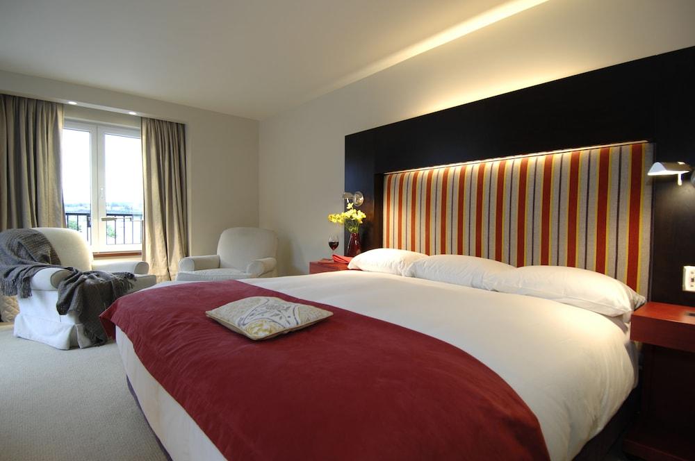 https://i.travelapi.com/hotels/1000000/40000/36500/36480/9b05ccd8_z.jpg
