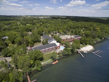 Hotels Near Green Lake Wisconsin Newatvs Info