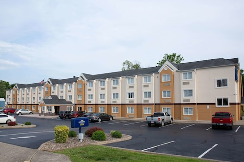 . Microtel Inn & Suites by Wyndham Charleston WV