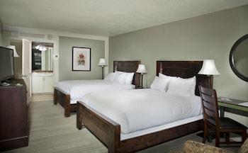 Mountain Creek Inn, 2 Queen Beds