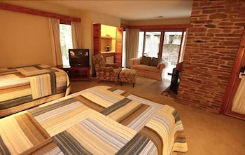 Standard Villa, 2 Bedrooms (Mountain Creek)